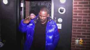 R. Kelly Turns Himself Into Police [Video]