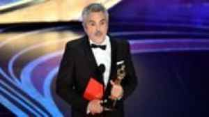 Alfonso Cuaron Makes History With Best Cinematography Oscar for 'Roma' | THR News [Video]