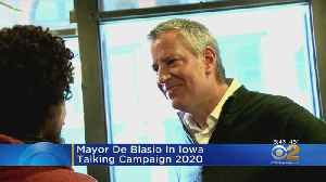 De Blasio Defies Blizzard To Campaign In Iowa [Video]