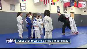 Meridian police chief teaches kids martial arts, hopes more officers train [Video]