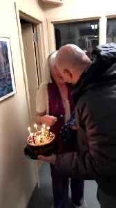 Man Surprises Elderly Mom with Visit on Her Birthday [Video]