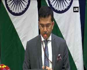 Indias MiG 21 pilot missing in engagement with Pakistan MEA [Video]