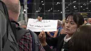 Mayhem at Thai airport after flight cancellations over India-Pakistan conflict [Video]