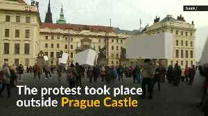 Czechs form wall in protest against Russian influence [Video]