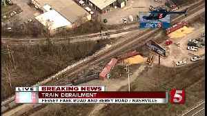 Train derails, spills grain and oil in Berry Hill [Video]