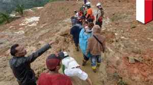 Illegal gold mine in Indonesia collapses trapping 43 [Video]