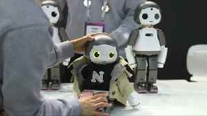 Baby bots to cyber-pillows: the robots of MWC [Video]