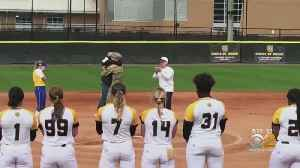 Hofstra Softball Player Surprised By Soldier Brother [Video]