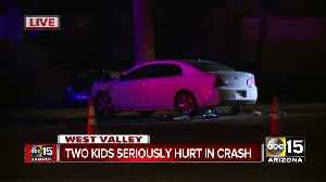 Two children seriously hurt, two others injured in crash near Camelback and Litchfield roads [Video]