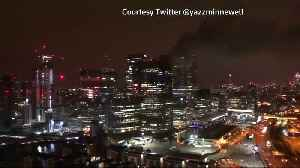 Firefighters called to blaze at building in Canary Wharf area [Video]