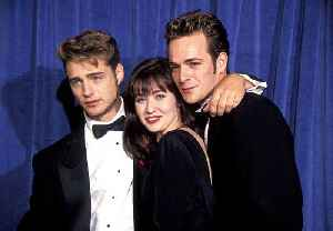 News video: Shannen Doherty Says She's in Contact With Luke Perry After Stroke