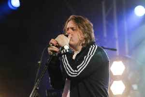 Lewis Capaldi thinks oversharing is key to his success [Video]