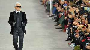 Chanel Pays Tribute To Karl Lagerfeld At Paris Fashion Week Show [Video]