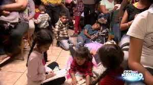 Migrant shelter in Nogales, Sonora is overflowed with people [Video]