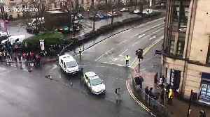 University of Glasgow building evacuated and cordoned off as 'suspicious package' found [Video]