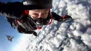 'My eyes started to freeze!' World record paraplegic skydiver suffers goggle mishap during jump [Video]