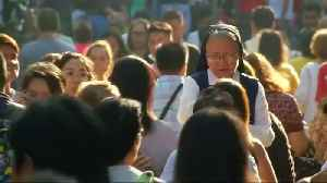 Filipino Catholics begin Lent with Ash Wednesday rites [Video]