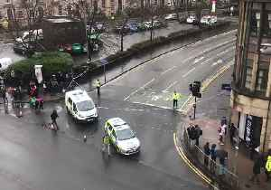 Parts of Glasgow University Evacuated After Suspicious Package Found [Video]