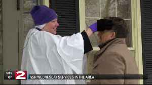 'Ashes to go' offered in observance of Ash Wednesday [Video]