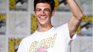 'Flash' Star Praises The 'Arrowverse' [Video]