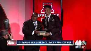 Chiefs QB Patrick Mahomes adds to trophy case at 101 Awards [Video]