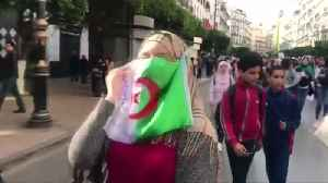 Thousands of Algerian students protest as Bouteflika prepares to return home [Video]
