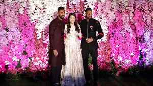 Hardik Pandya COPIES Ranveer Singh's FASHION | Akash Ambani's Wedding Reception MUMBAI [Video]