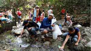Outside Caracas People Are Getting Water From Streams [Video]