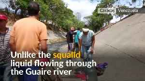 Venezuelans swarm sewage drains in desperate search of water [Video]