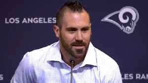 Los Angeles Rams safety Eric Weddle's introductory press conference with Rams [Video]