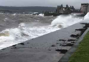 Storm Gareth Brings Heavy Rain and Strong Winds to Scottish Coast [Video]
