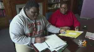 News video: New Jersey Teen Accepted To 17 Colleges