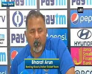 Unfair to compare Rishabh Pant, MS Dhoni Bowling Coach Bharat Arun [Video]