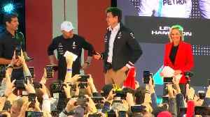 Melbourne, drivers and fans get ready for new F1 season [Video]