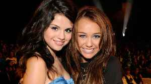 Selena Gomez Reacts to Miley Cyrus' '7 Things' Throwback | Billboard News [Video]