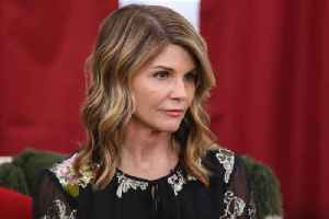 News video: Lori Loughlin Surrenders to Federal Authorities in College Admissions Scandal