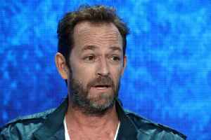 Luke Perry buried at secret site [Video]