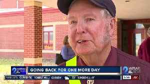 86-year-old man's wish to be school safety patroller, for one more time [Video]