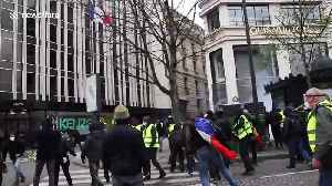 News video: Violent Yellow Vest protests continue in Paris with clashes with police