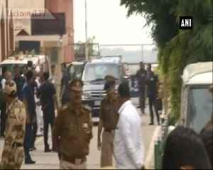 Priyanka Gandhi arrives at Lucknow to hold meeting with party workers [Video]