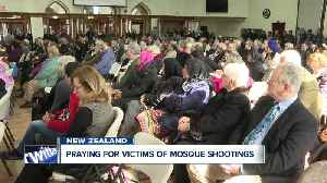 Hundreds show support for WNY's muslim community after New Zealand shooting [Video]