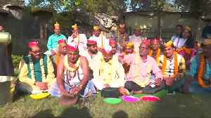 Revelry of spring festivities takes over northern India [Video]