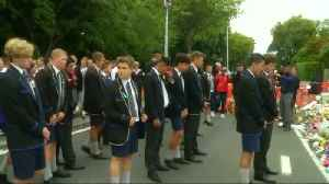 New Zealand students perform Haka in tribute to shooting victims [Video]