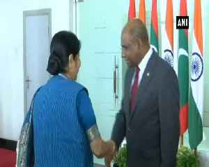 News video: EAM Swaraj holds discussions with her Maldivian counterpart Abdullah Shahid