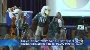 Eagles 'Swoop' Visits South Jersey School [Video]
