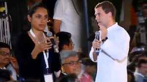 A girl asks the question to Rahul Gandhi over 'Chowkidar Chor Hai'  | Oneindia News [Video]