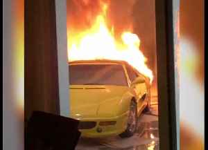 VIDEO: Car fire in west Las Vegas under investigation as arson [Video]