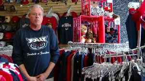 Protecting Paradise: FAU apparel store not selling balloons [Video]