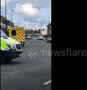 Croydon man in stand-off with police officers [Video]