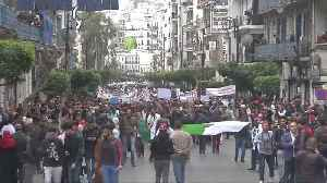Thousands of doctors and students protest against Algerian government [Video]